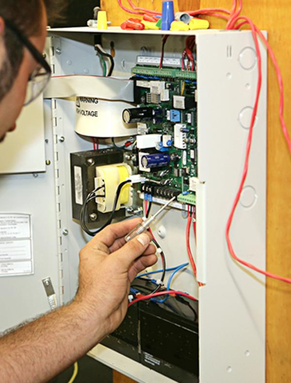 Reparatii sisteme detectie incendiu